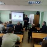 Алроса_Старынин обучает в классе_800x600